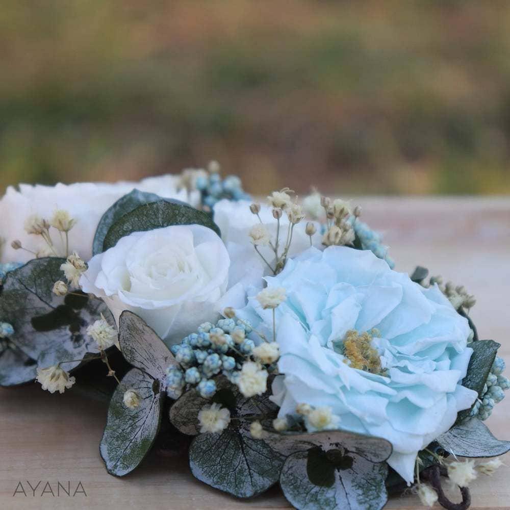 couronne fleurs stabilisées dusty blue bleu poudré inspiration mariage pronupsims Ayana Floral Design